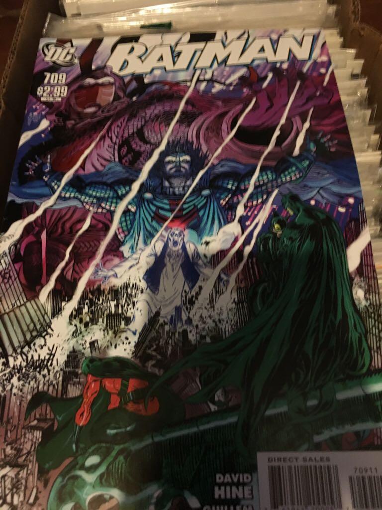 Batman - 709 cover