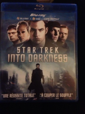 Star Trek Into Darkness - Blu-ray cover