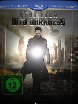 Star Trek 2: Into Darkness - Blu-ray cover