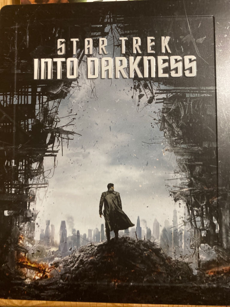 Star Trek - Into Darkness -  cover
