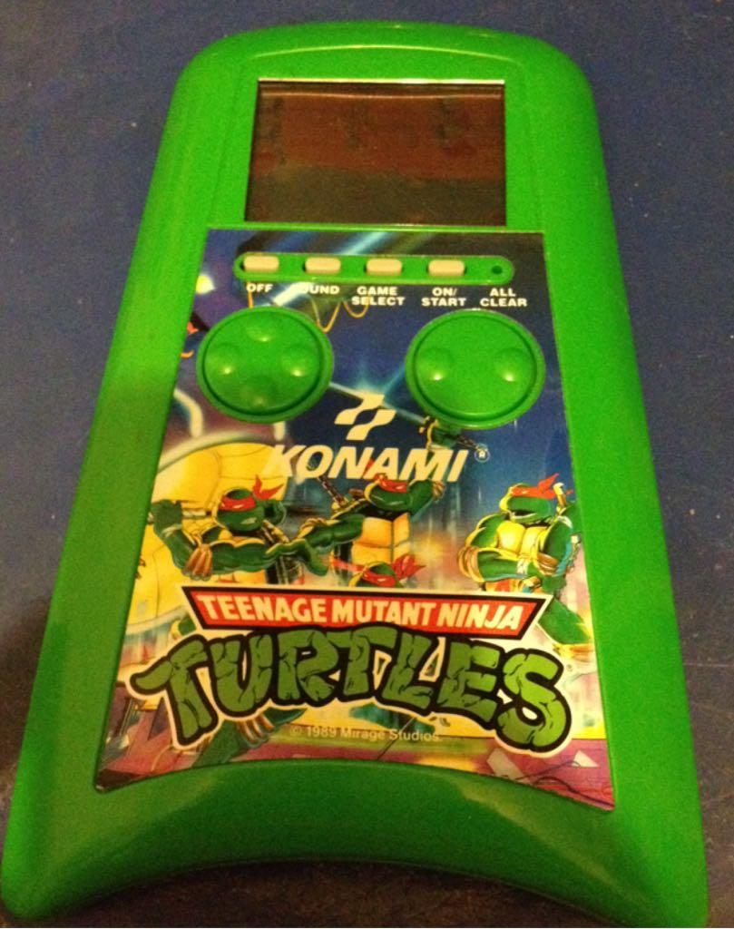 Teenage Mutant Ninja Turtles - LCD Handheld Game cover