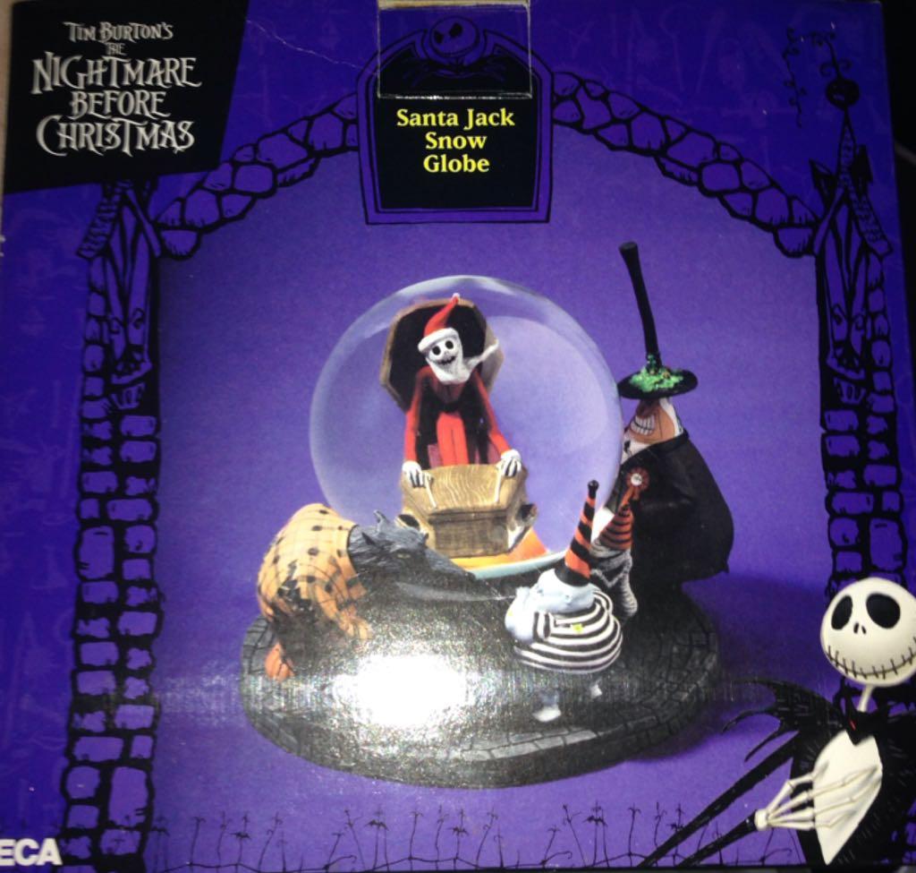 Nightmare Before Christmas - Santa Jack Snow Globe Action Figure ...