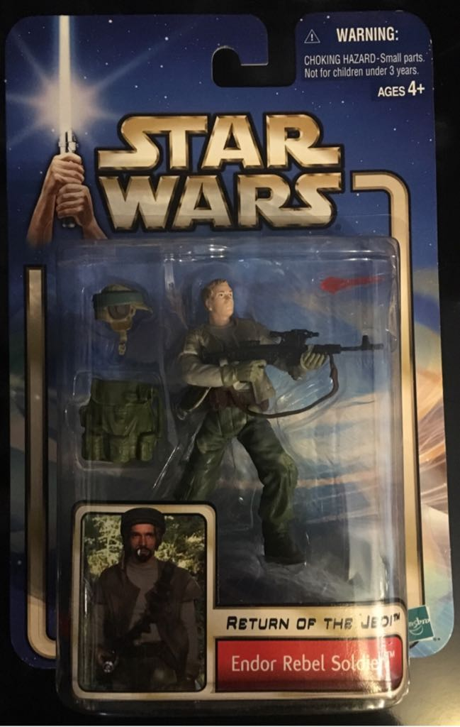 Ep VI ROTJ #33 Endor Rebel Soldier ( No Beard ) Action Figure - Hasbro (2002) front image (front cover)