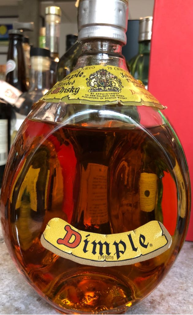Dimple Alcohol - John Haig & Co. (Scotch Wisky) front image (front cover)