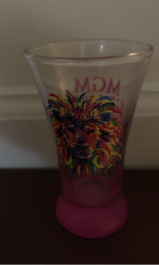 Mgm Grand Art - Shot Glass front image (front cover)