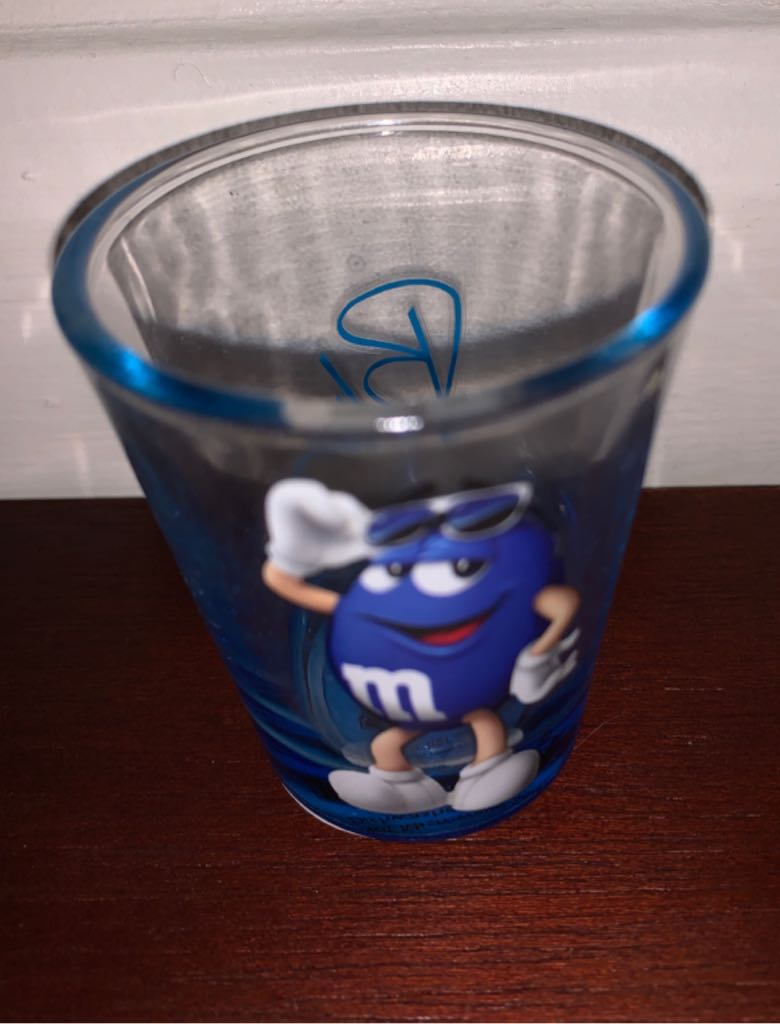 M&M Art - Shot Glass front image (front cover)