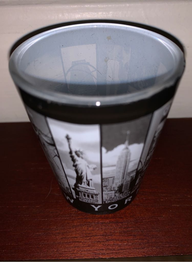 New York Art - Shot Glass front image (front cover)