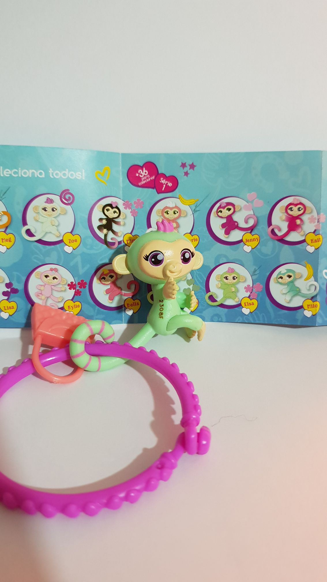Fingerlings Minis # Elsa Doll And Barbie front image (front cover)