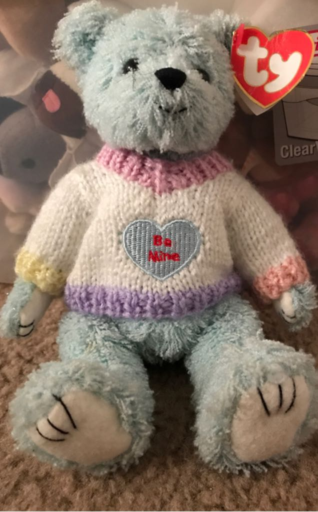 Gymboree VALENTINES GIFT HEART Socks 5-7 TY FLYNN BE MINE BEAR Attic 2000 Beanie Baby back image (back cover, second image)