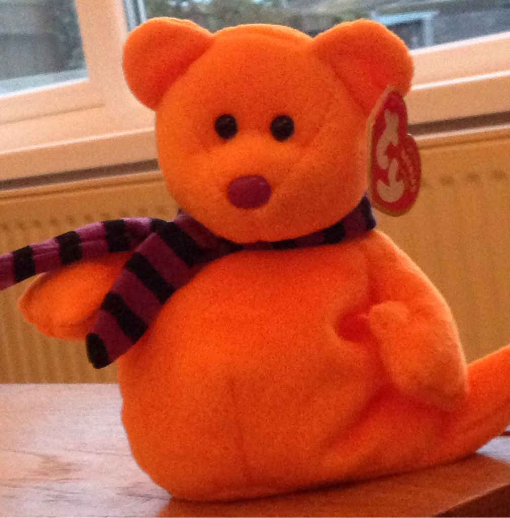 Shivers Beanie Baby front image (front cover)