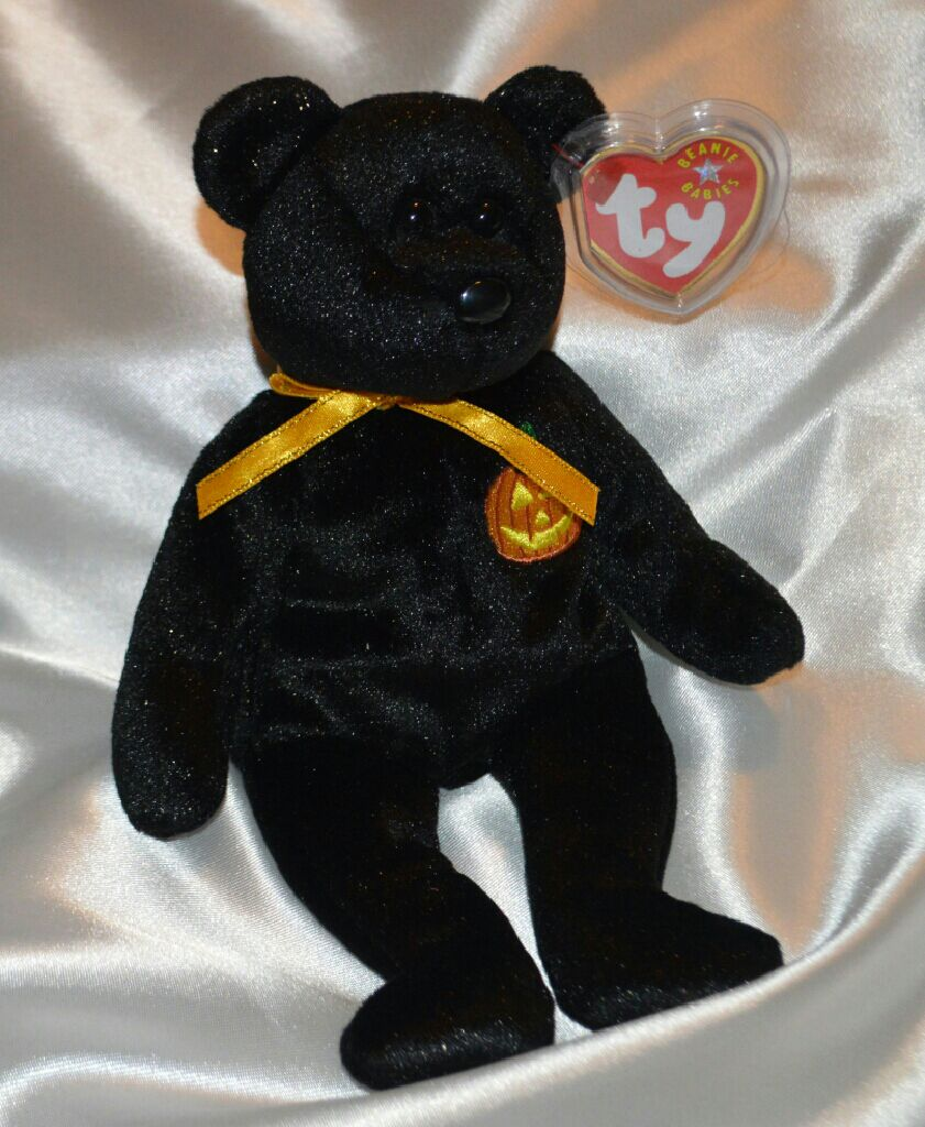 Haunt the pumpkin bear Beanie Baby - Black front image (front cover)