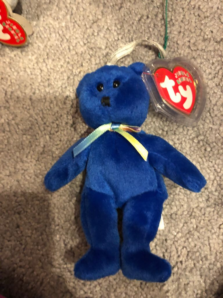 Clubby Beanie Baby front image (front cover)