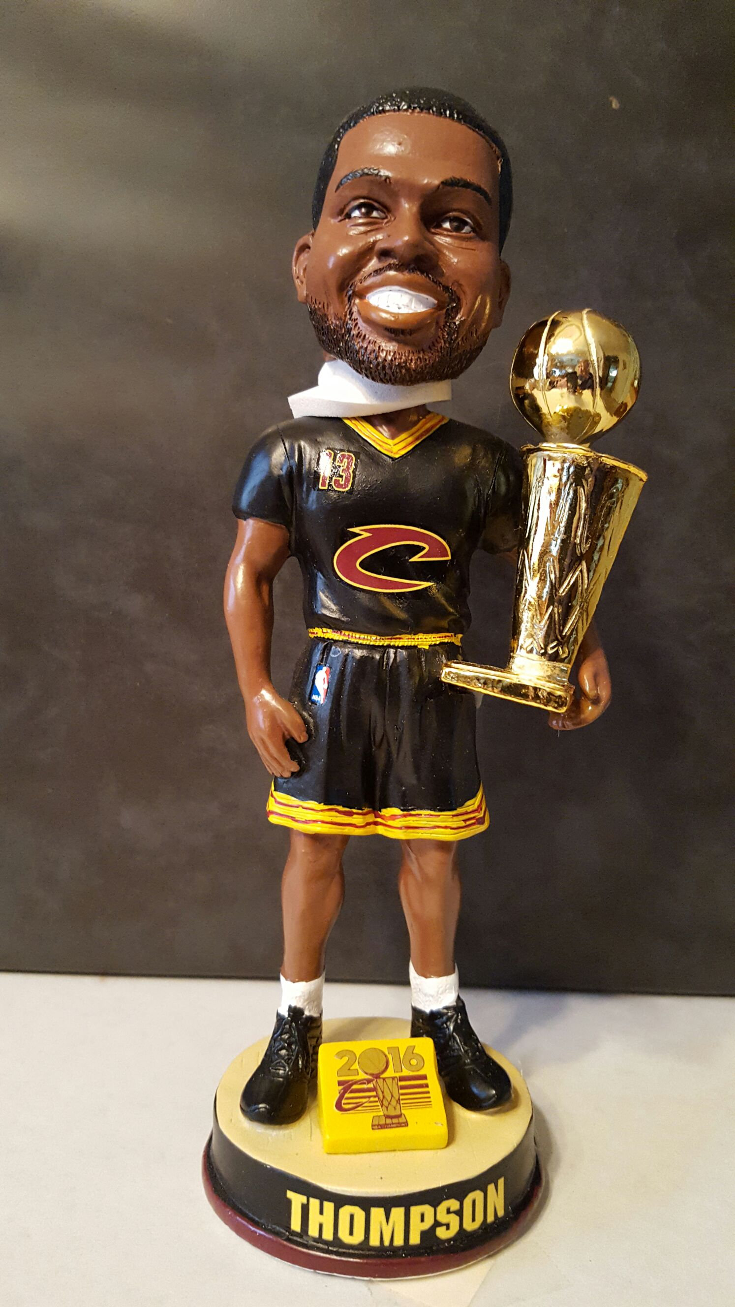 Tristan Thompson Bobblehead - Basketball (2016) front image (front cover)