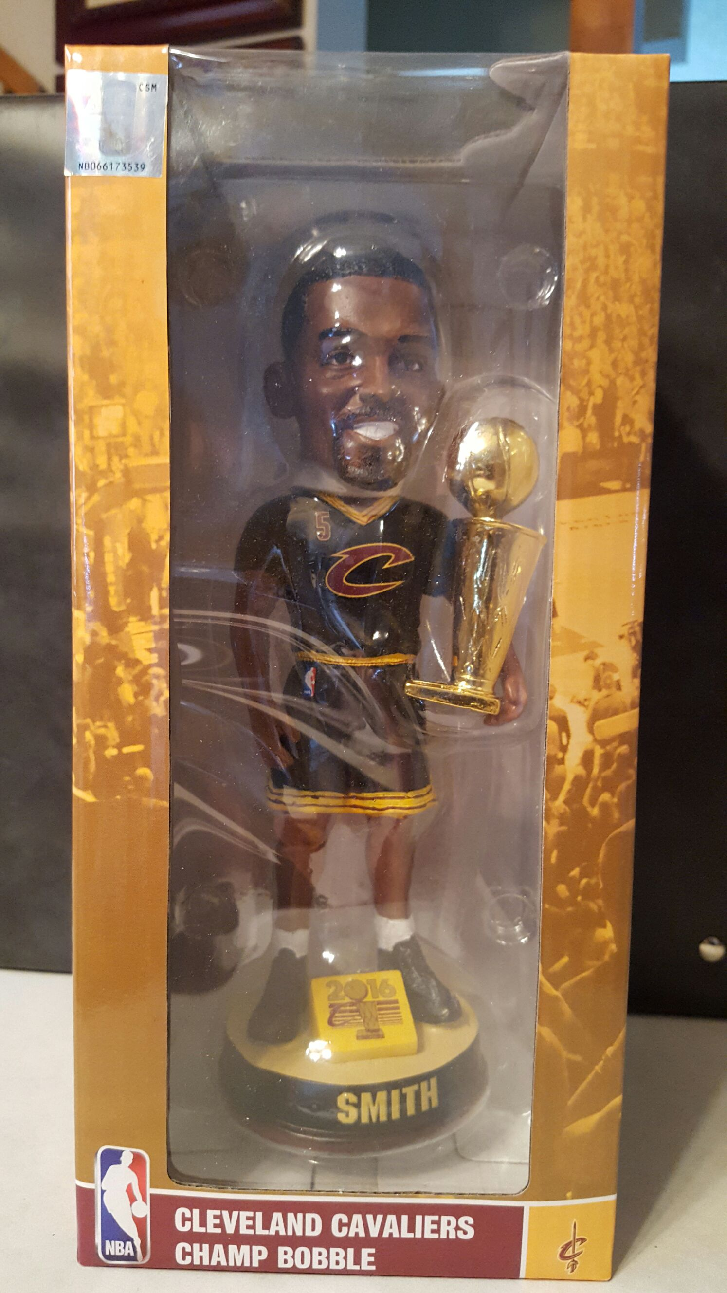 J.R. Smith Bobblehead - Basketball (2016) back image (back cover, second image)