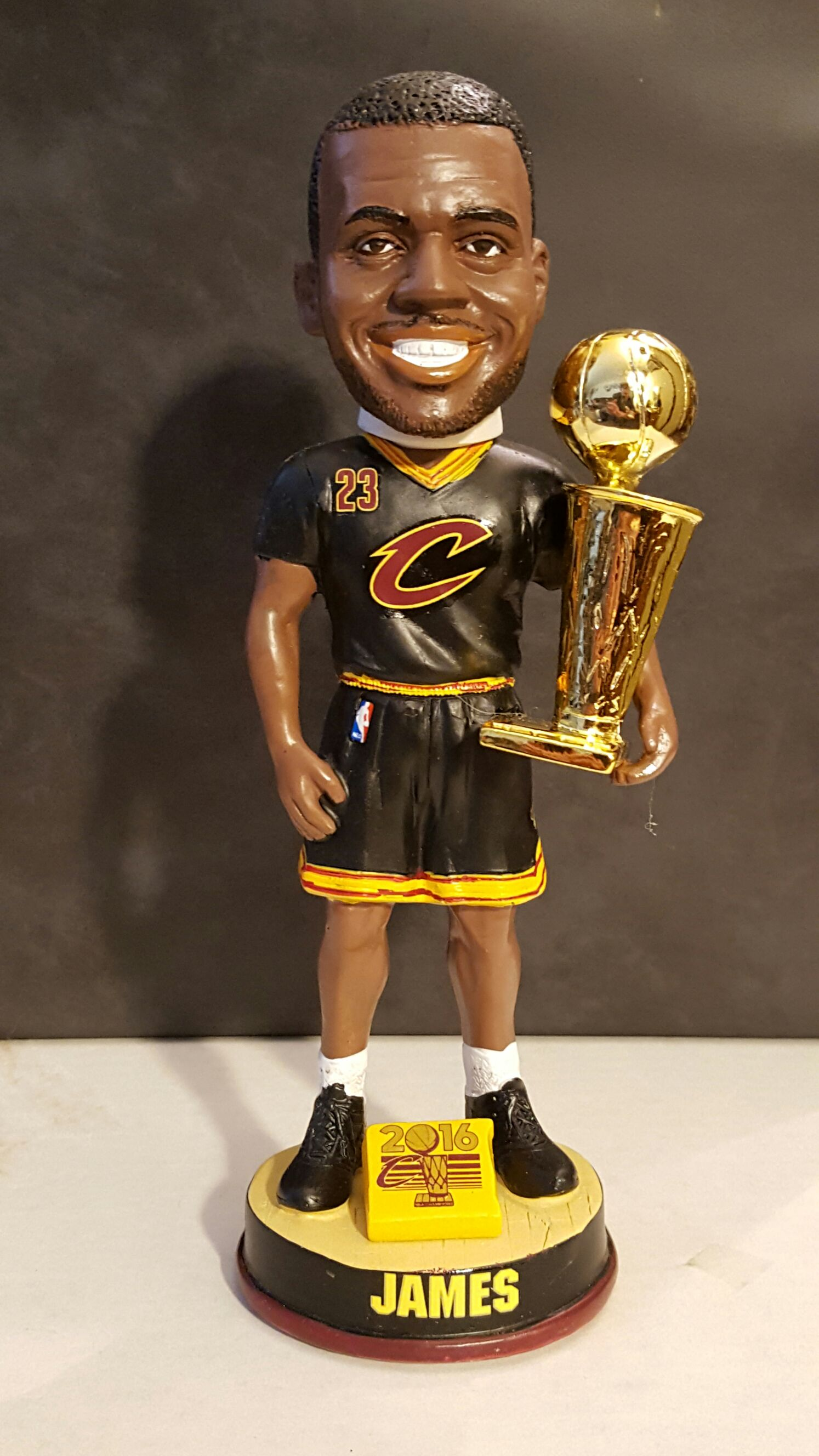Lebron James Bobblehead - Basketball (2016) front image (front cover)
