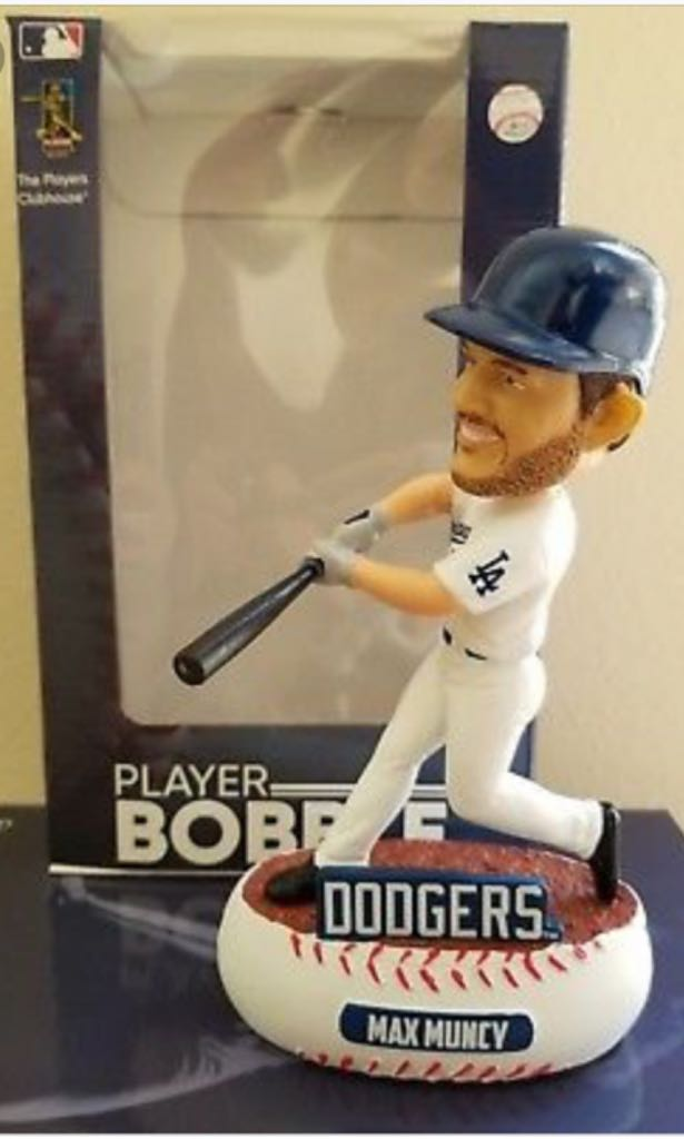 Max Muncy Bobblehead front image (front cover)