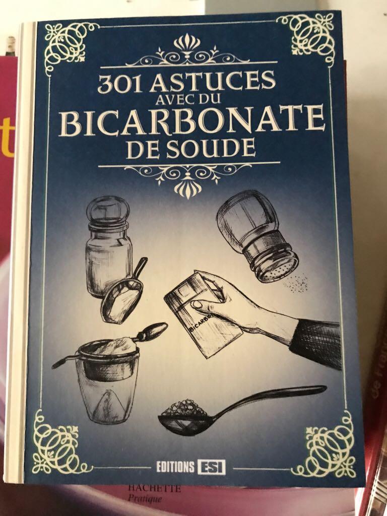 301 astuces avec du bicarbonate de soude Book front image (front cover)