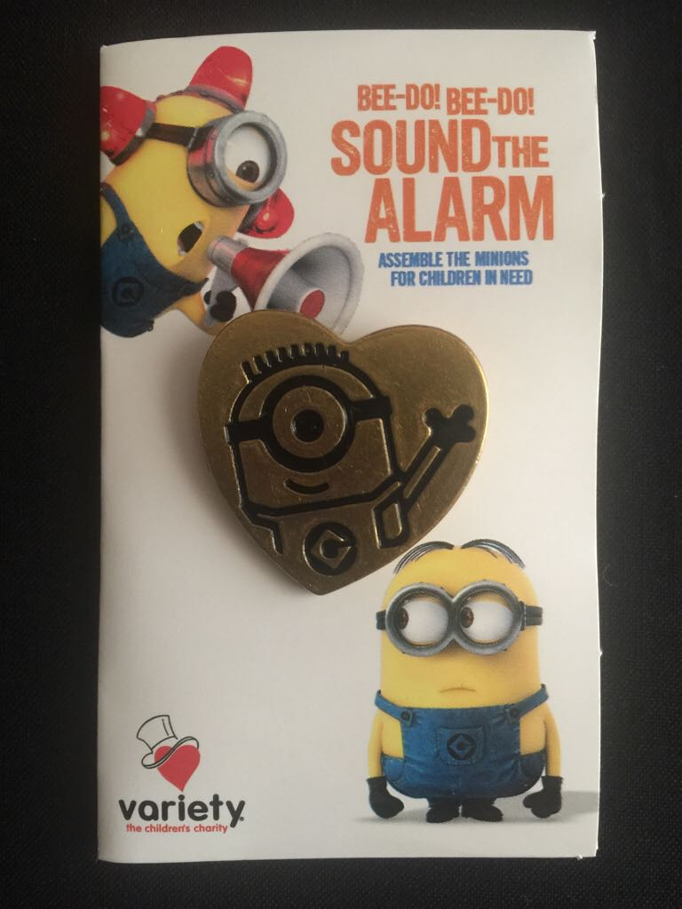 Variety Minion Pin Disneypin front image (front cover)