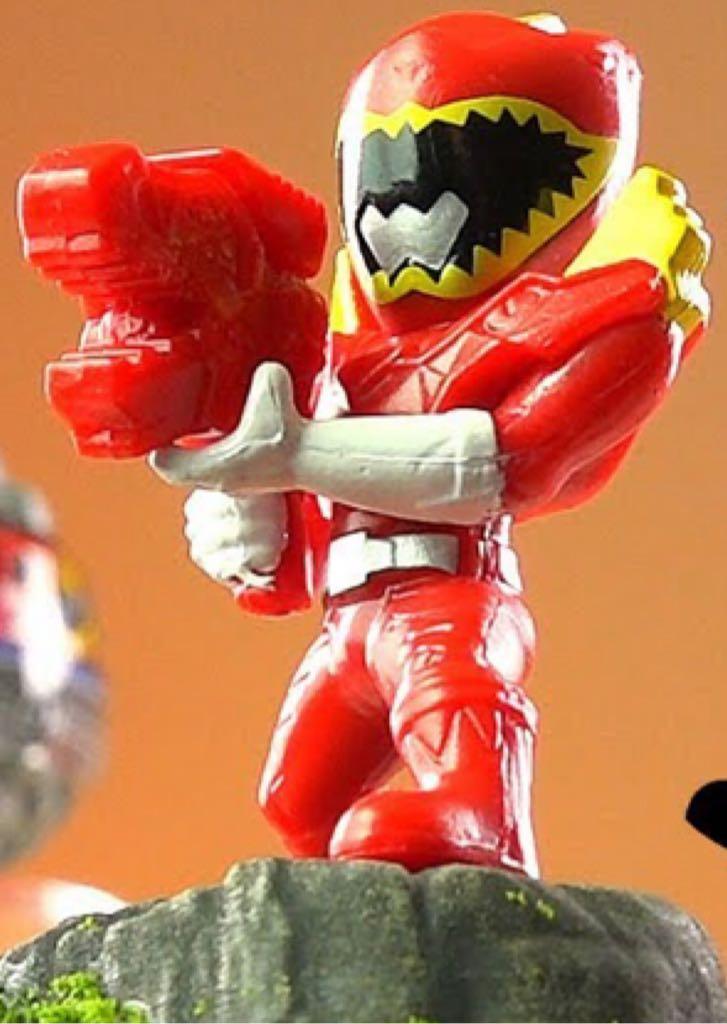 Power Rangers Micro Morphins Capsule Figures Red Ranger Dino
