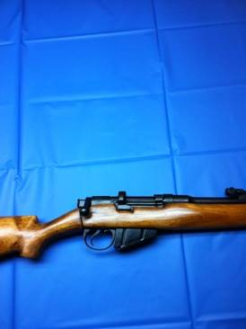 Lee-Enfield Gun - BSA Co. (Bolt Action Rifle) front image (front cover)