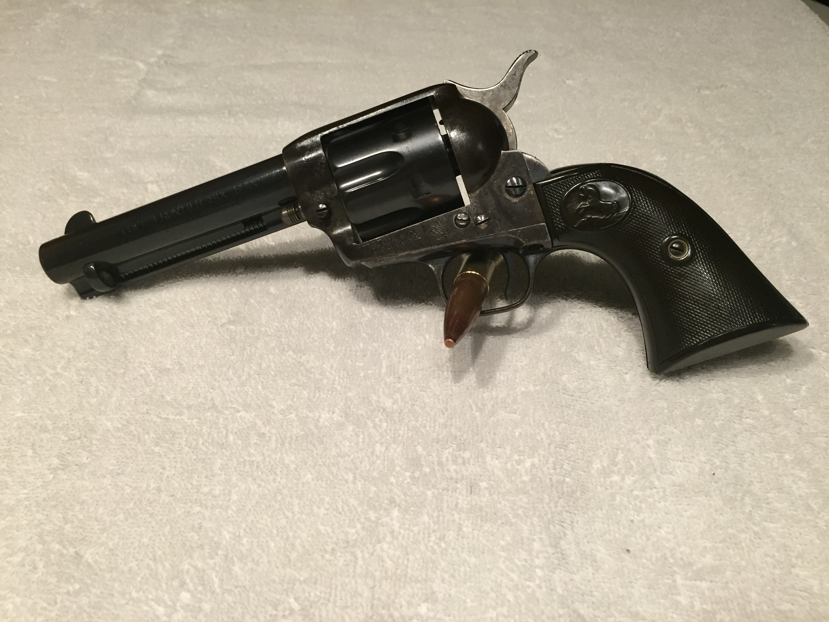 "the legend of the colt six shooter to texas The only second generation 44-40 found is the nickel-plated 7 1/2"" frontier six shooter found in the peacemaker centennial run of commemoratives with 2,000 being made this is probably one of the finest 44-40 colt single actions ever produced."