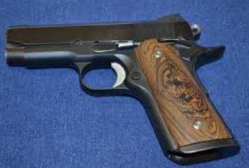 1911 Caspian Gun - Colt (Semi-automatic Pistol) front image (front cover)