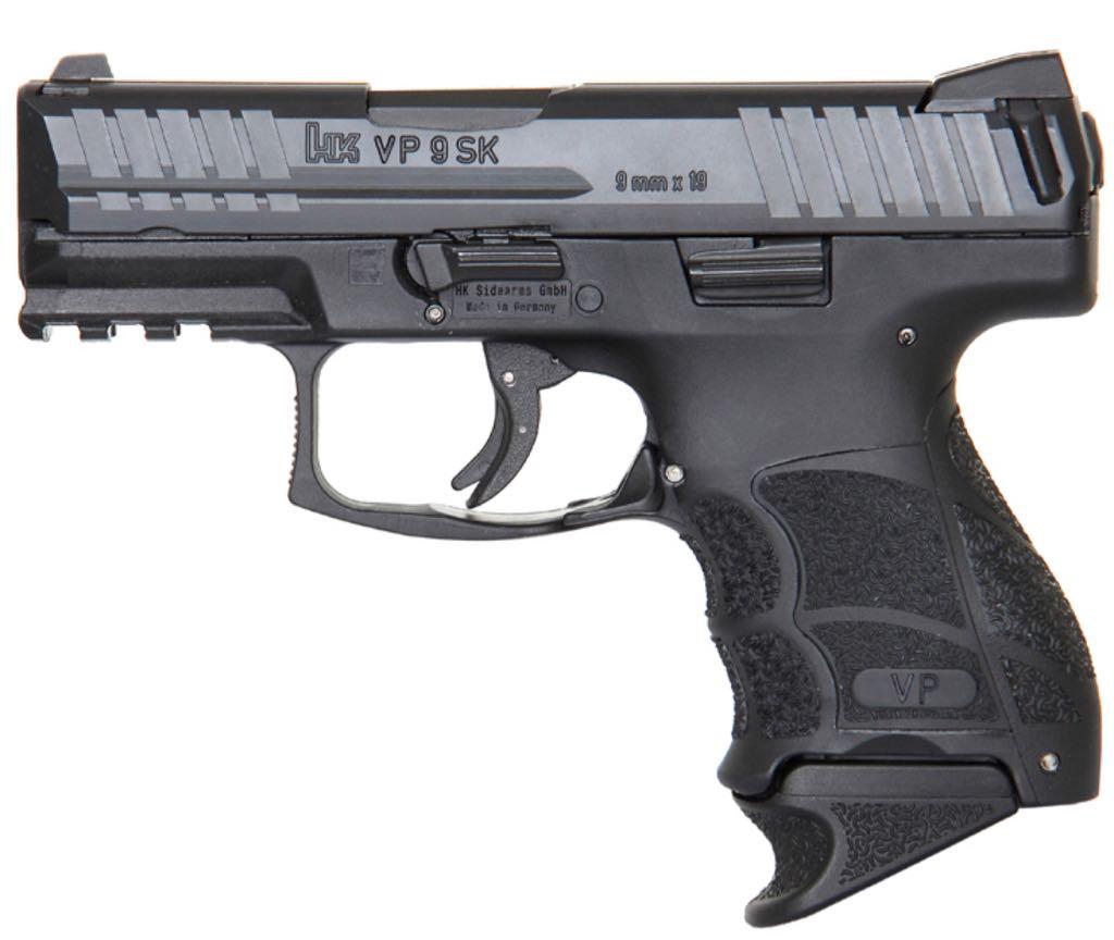 VP9-SK Gun - Heckler & Koch (Semi-automatic Pistol) front image (front cover)