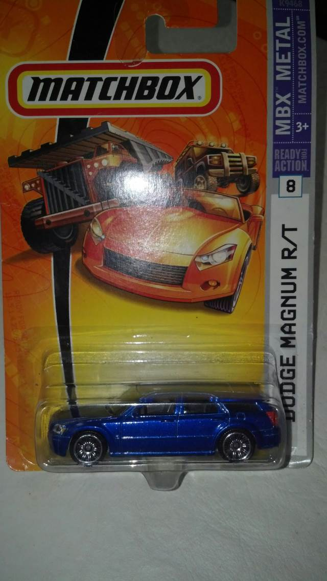 Dodge Magnum Rt Toy Car Cast And Hot Wheels