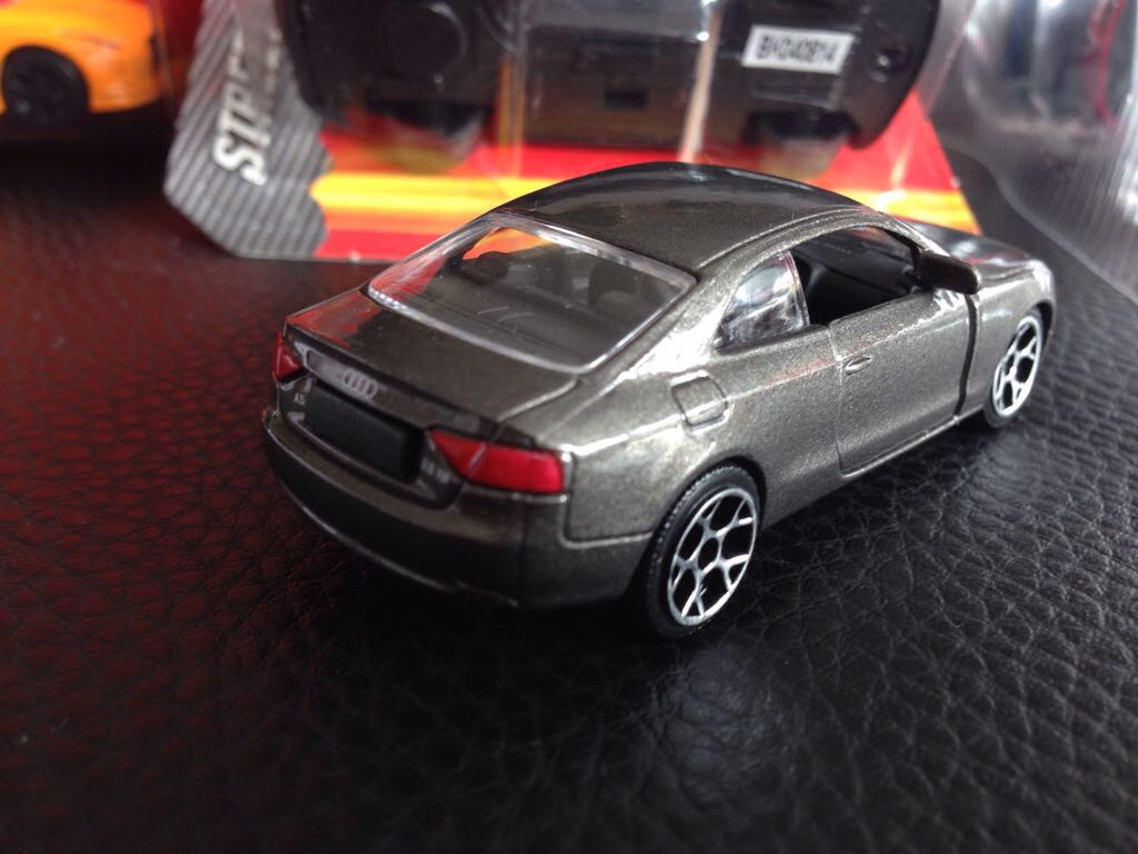 Audi A5 Coup 233 Toy Car Die Cast And Hot Wheels From