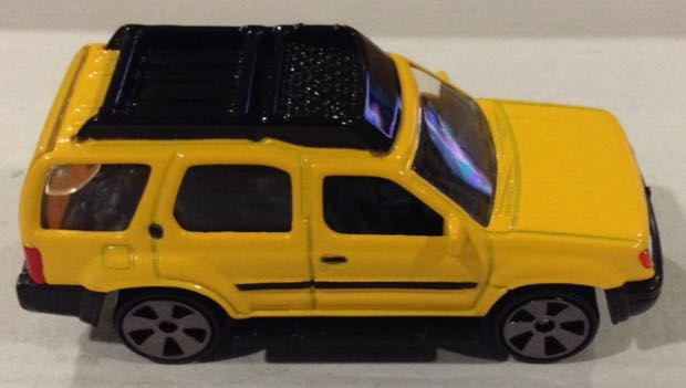 Camioneta Nissan Xterra Amarilla Toy Car Die Cast And Hot Wheels