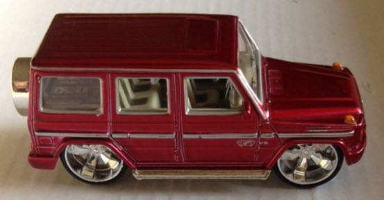 Mercedes benz g class roja toy car die cast and hot for Camioneta mercedes benz