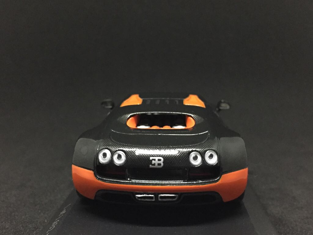 bugatti veyron super sport world record edition toy car die cast and hot wh. Black Bedroom Furniture Sets. Home Design Ideas