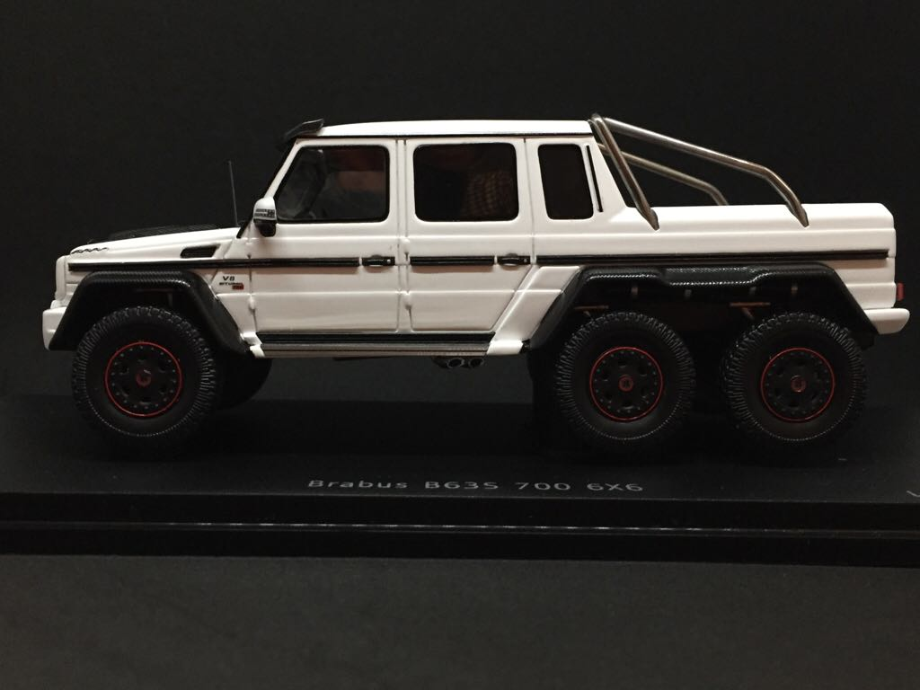 Mercedes benz brabus b63s 700 6x6 toy car die cast and for Mercedes benz apps