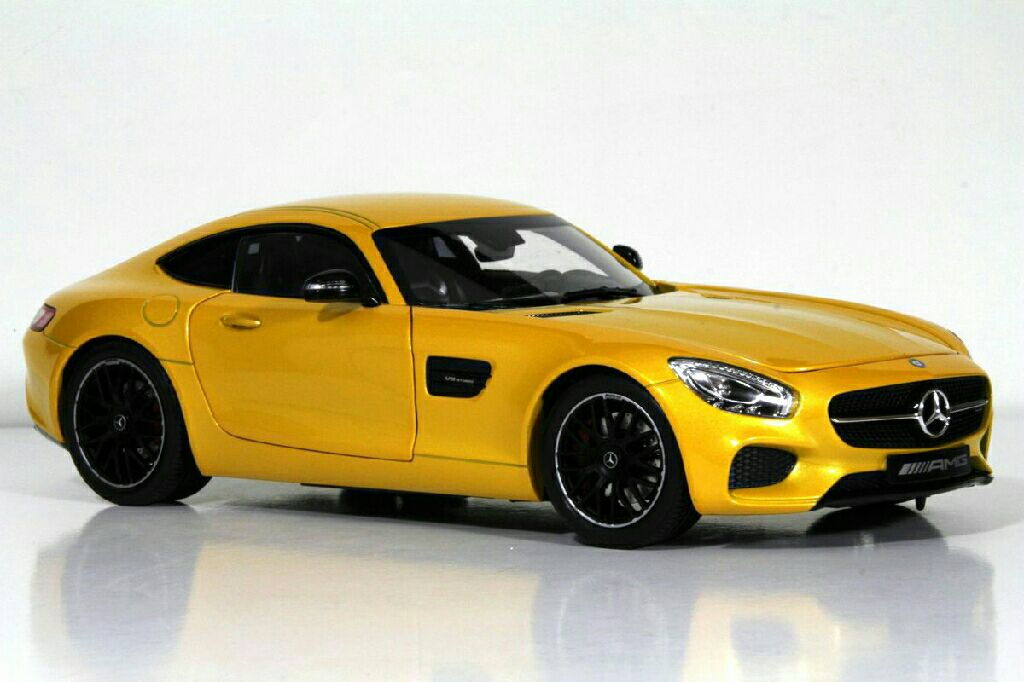 Mercedes benz amg gt toy car die cast and hot wheels for Hot wheels mercedes benz