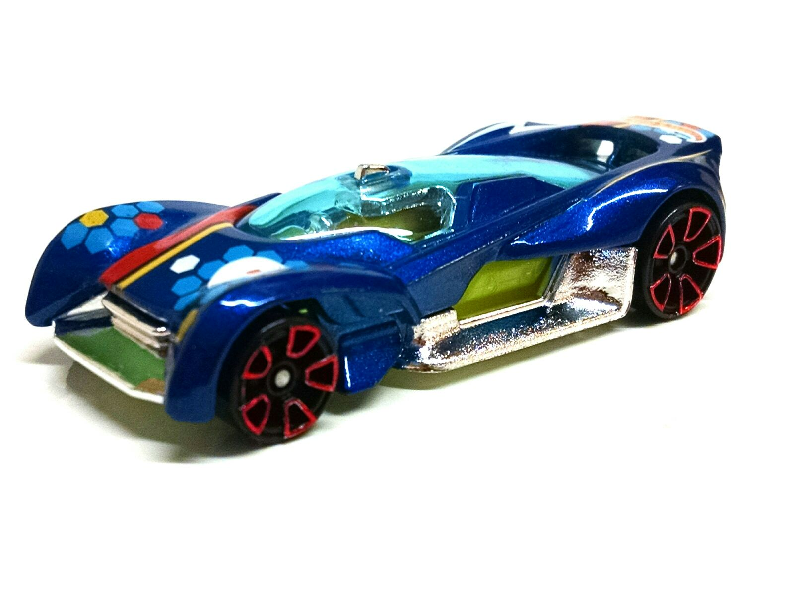 Hot Wheels Toy Cars : Futurismo toy car die cast and hot wheels from