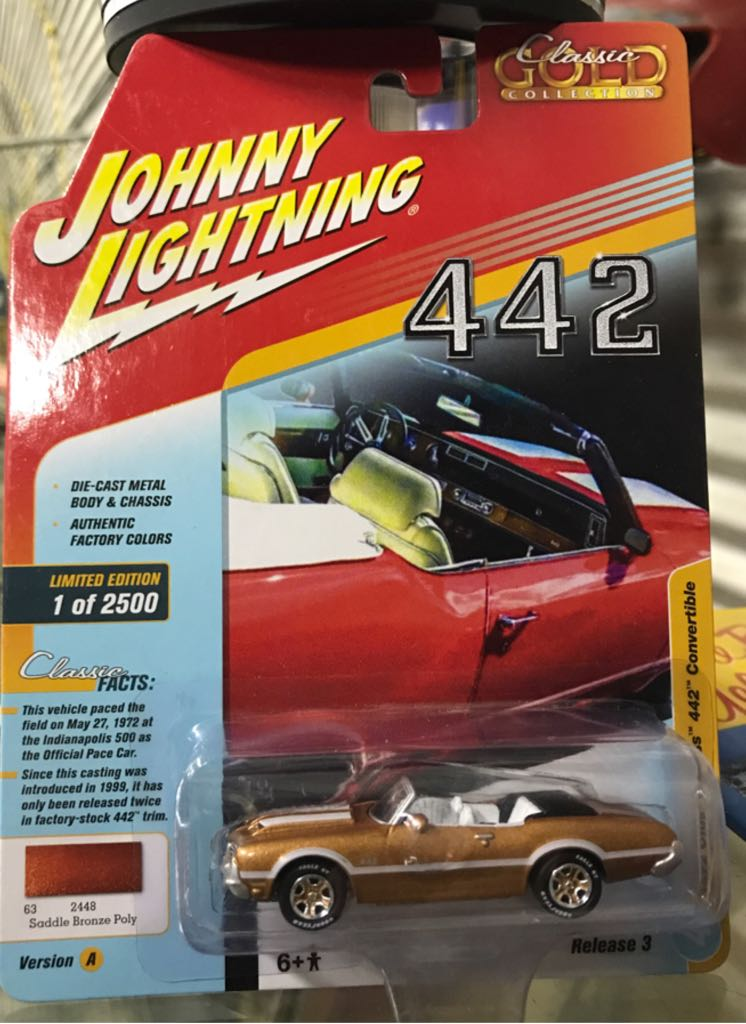 Johnny Lightning Classic Gold Collection Toy Car, Die Cast, And Hot Wheels - 1972 Olds Cutlass 442 Convertible (2018) front image (front cover)