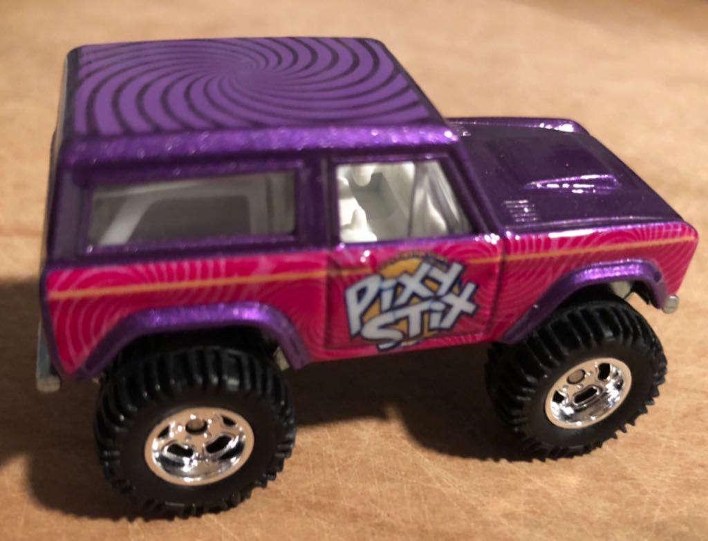 Ford Bronco '67 Toy Car, Die Cast, And Hot Wheels front image (front cover)