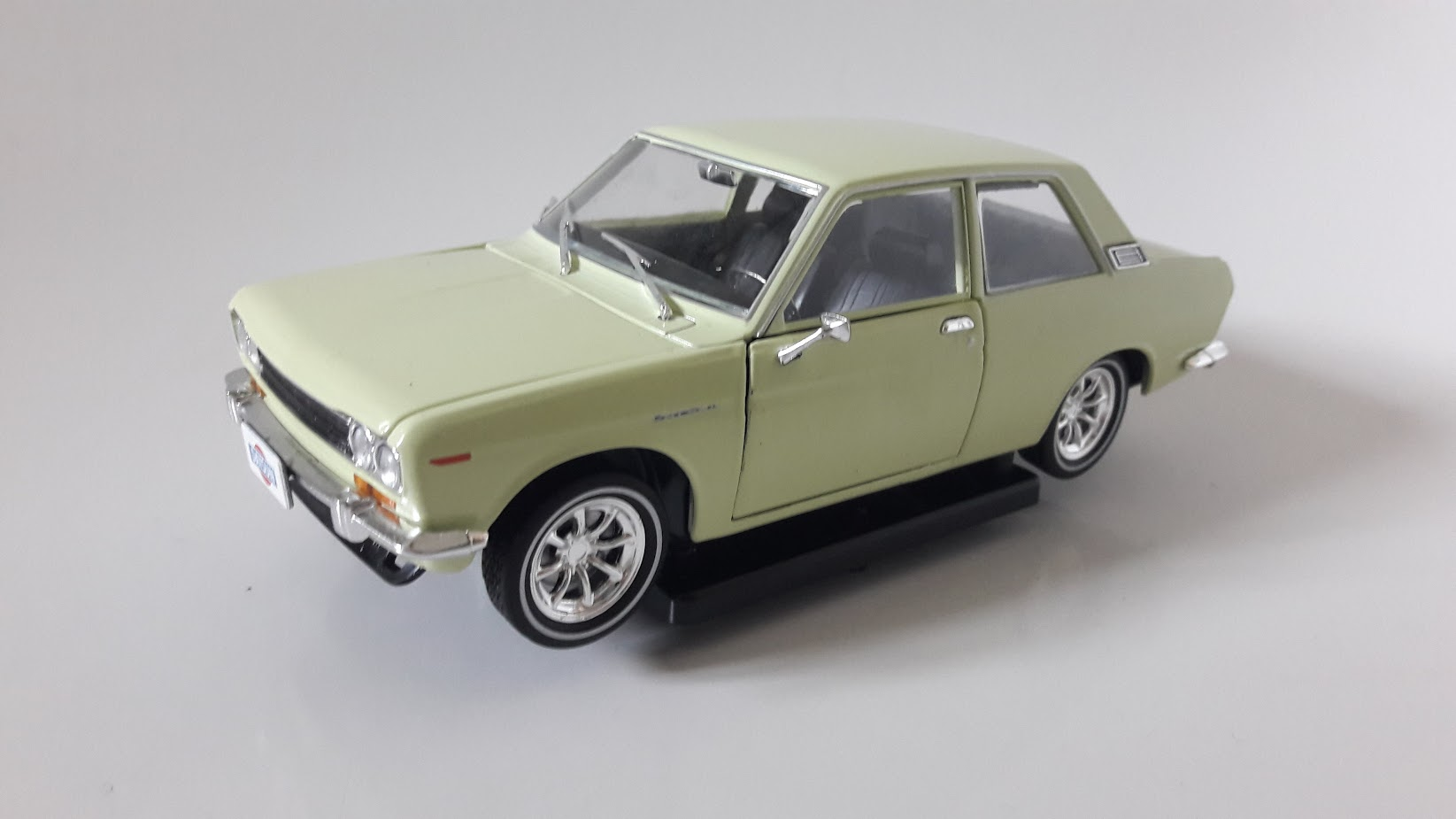 Datsun 510 Toy Car, Die Cast, And Hot Wheels (1970) front image (front cover)