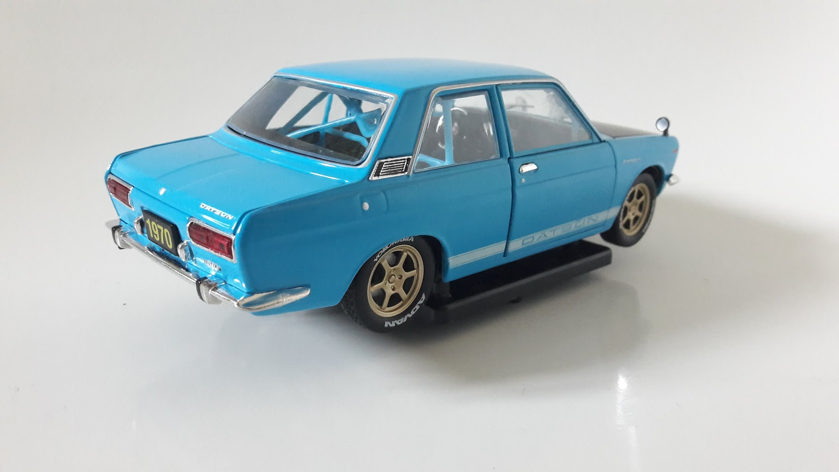 Datsun 510 Toy Car, Die Cast, And Hot Wheels - Japan version (1970) back image (back cover, second image)