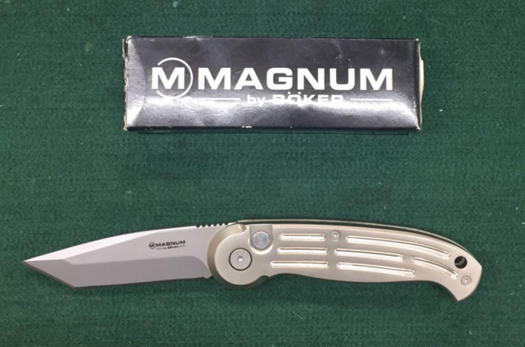 Magnum By Biker Knive And Sword - Lock Back Folder front image (front cover)