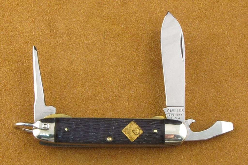 Camillus Boy Scout Knive And Sword - Pocket Knife With Bail