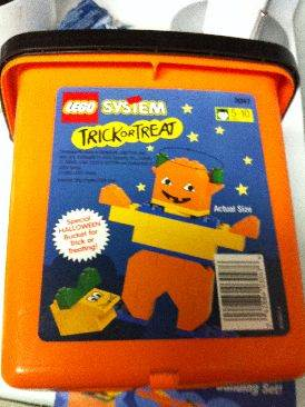 Trick Or Treat LEGO - Seasonal front image (front cover)