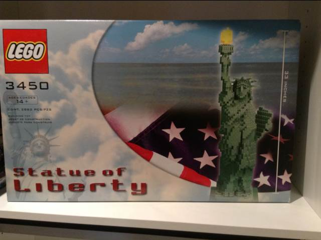 Statue of Liberty LEGO (3450) front image (front cover)
