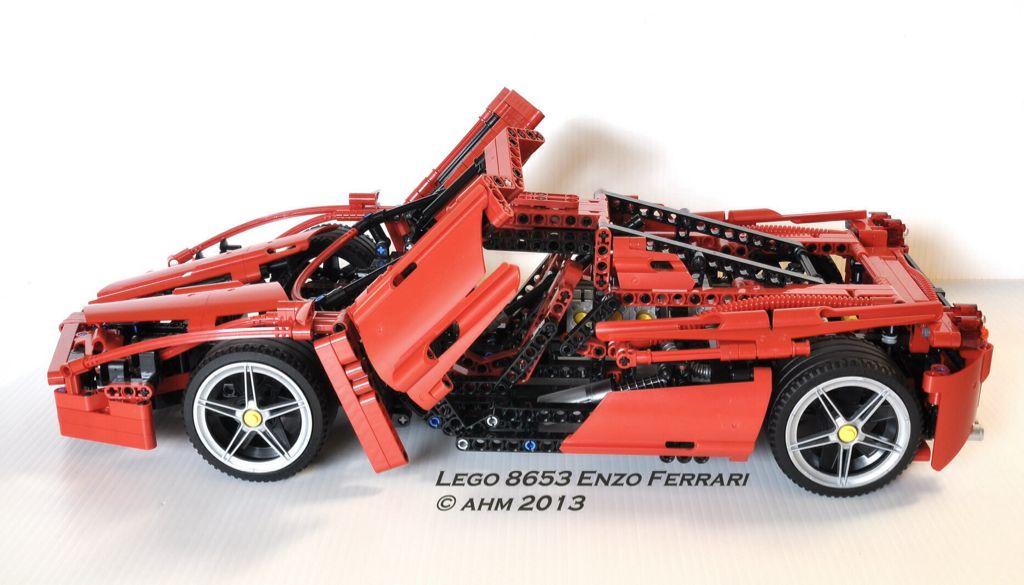 Ferrari Enzo 1/10 LEGO - Technic (8863) - from Sort It Apps