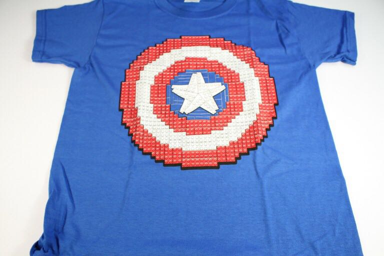 Captain America Shield T-Shirt LEGO - Apparel (N/A) front image (front cover)