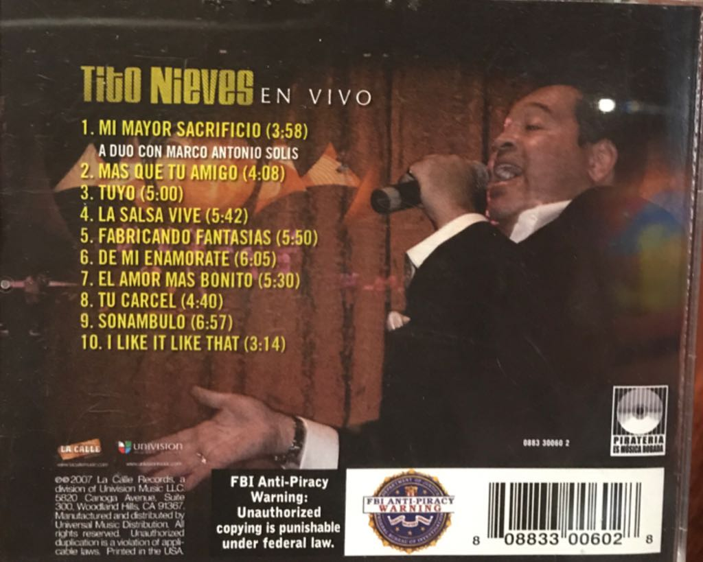 Tito Nieves en Vivo by Tito Nieves Music - Tito Nieves (CD) back image (back cover, second image)
