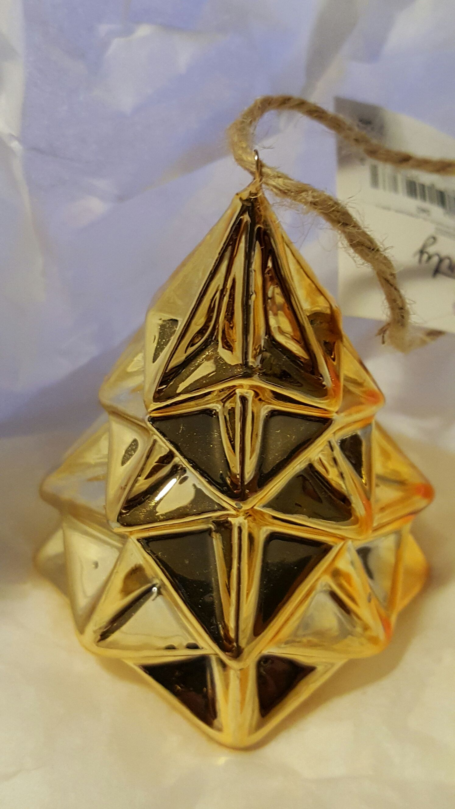 3D Gold Christmas Tree Ornament - Arty (2016) front image (front cover)
