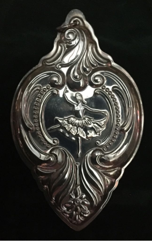 Wallace Grand Baroque Sterling Silver 9th Edition Nine Ladies Dancing Ornament - Wallace Silversmiths (1996) front image (front cover)