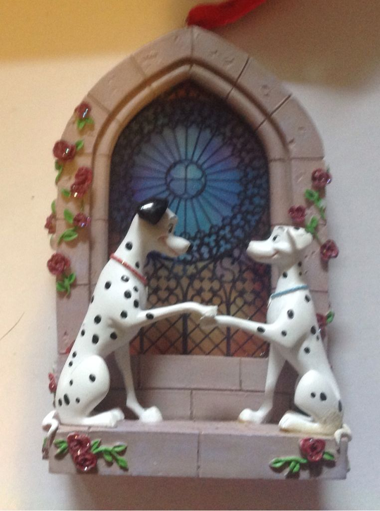 101 DALMATIANS Hanging Window Ornament w//Suction Cup DISNEY NEW CHOOSE ONE