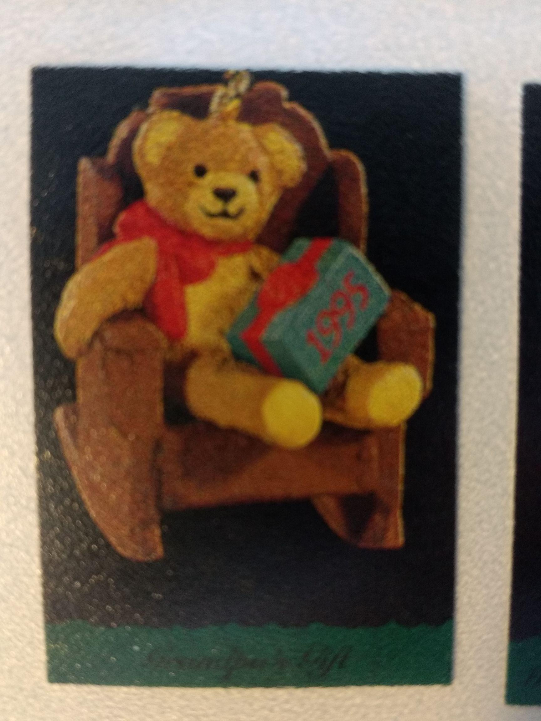 Z - Grandpa's Gift Ornament - Hallmark front image (front cover)